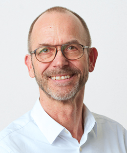 Dr. med. Carl Knud Schewe